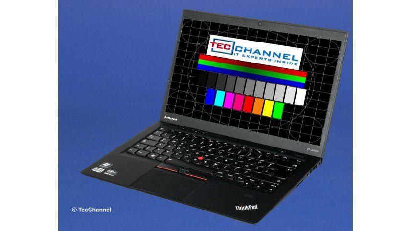 Lenovo ThinkPad X1 Carbon: Unser Testmodell ist mit einem HD+-Display ausgerüstet. Dieses arbeitet mit LED-Hintergrundbeleuchtung und 1600 x 900 Bildpunkten.