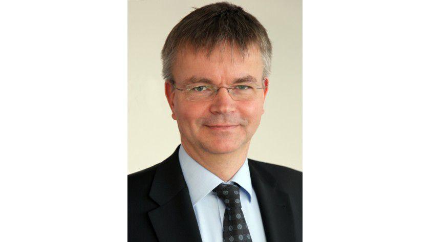 """Dr. Andreas Nolte, Allianz: """"Auf absehbare Zeit kann ich mir nicht vorstellen, auf meinen Laptop zu verzichten""""."""