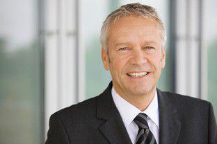 """Henning Ohlsson, Geschäftsführer der Epson Deutschland GmbH: """"Mit drei starken Argumenten wollen wir die Vorherrschaft von Laserdruckern in den Büros beenden."""""""
