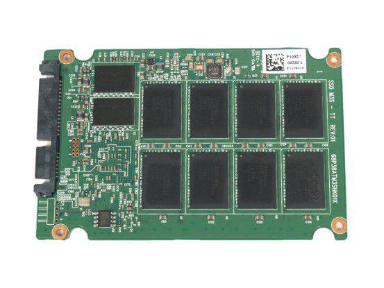 Vorderseite der SSD-Platine der Plextor PX-M2P 256GB mit Cache- und Flashchips