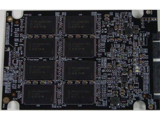 Wincom Powerdrive ML-X8 240GB: Rückseite der SSD-Platine