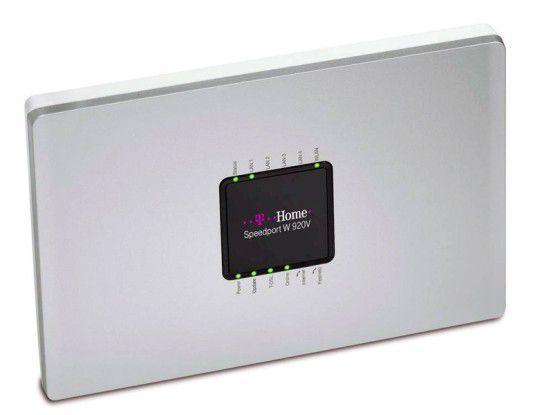 Steckt in diesem Telekom-Router eine Fritzbox oder nicht? Dass der Speedport W920V baugleich zu den AVM-Modellen 7270 beziehungsweise 7570 ist, lässt sich im Internet schnell feststellen.