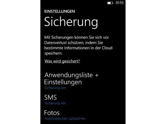 Die Daten Ihres Smartphones mit Windows Phone 8 liegen gesichert in der Cloud: Jede Nacht erfolgt ein Backup.