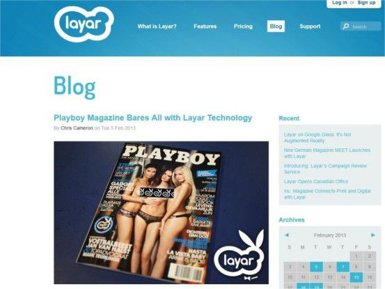 Statischer Playboy-Titel, doch mit der passenden Smartphone-App räkeln sich die drei Damen auf dem Display.
