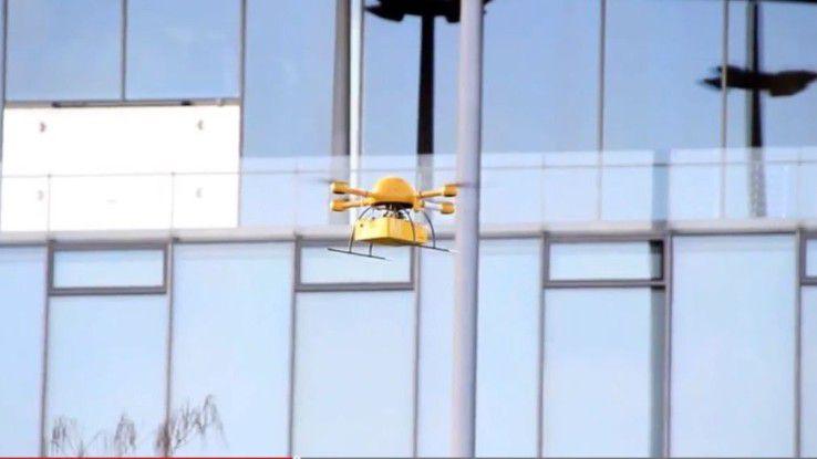 Hierzulande experimentiert DHL bereits mit Paketzusteller-Drohnen.