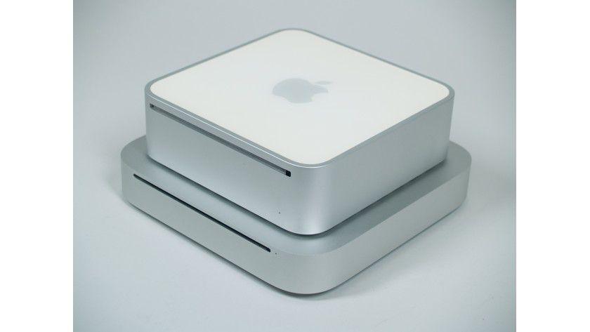 Alt gegen Neu: Im Vergleich zum neuen Mac mini (unten) wirkt das Vorgängermodell richtig altbacken.