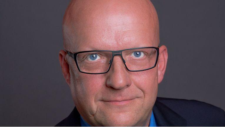Nach der erfolgreichen Expansion gen Norden ist nun der Süden an der Reihe. Frank Haines, Geschäftsführer Vertrieb bei der DextraData GmbH, will mit dem neuen Büro in München vor allem den dortigen gehobenen Mittelstand und die Enterprise-Kunden adressieren.