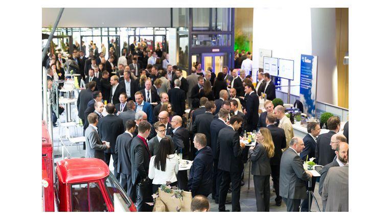 """Zum dritten Tech Data Kongress """"IT 3.0 - total vernetzt"""" waren in diesem Jahr erstmals auch Endkunden geladen."""