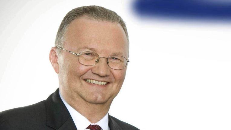 Der bisherige Executive Vice President, Hans Wienands, wird Samsung zum 31. März 2015 verlassen.