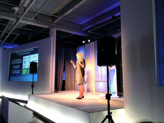Server-Launch: Intels Diane Bryant, Vice President und Chefin der Data Center Group, stellt in San Francisco die neue Xeon-Generation vor.