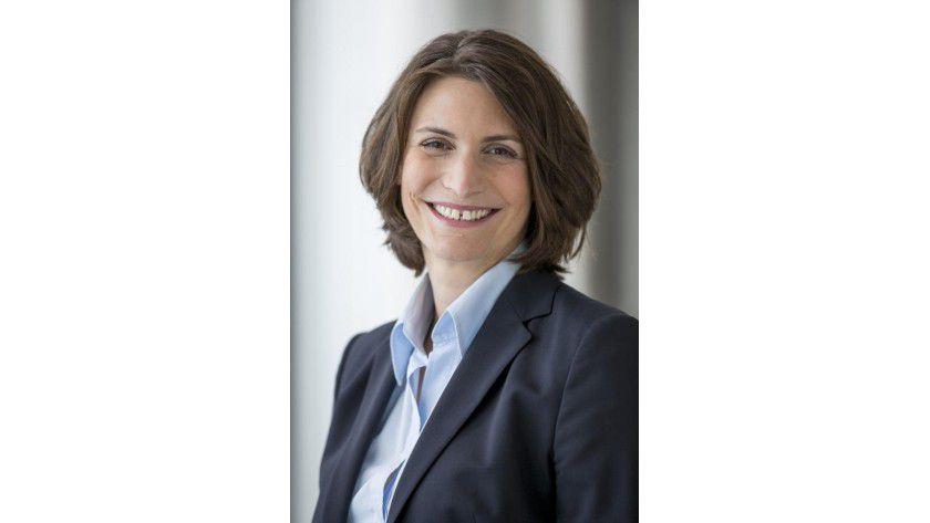 """Dr. Elke Frank, Senior Director Human Resources, Microsoft: """"Anwesenheit sagt nichts über die Qualität der Leistung von Mitarbeitern aus, sondern liefert häufig sogar ein falsches Bild"""""""