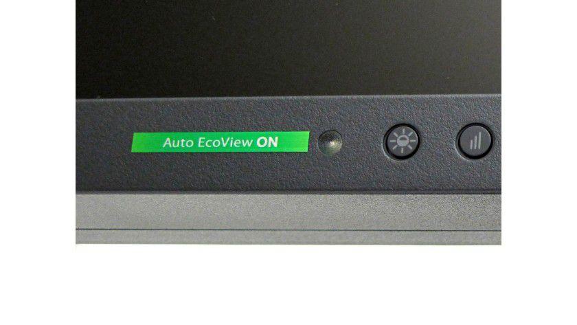 Automatik: Der Eizo-Monitor bietet einen Lichtsensor, der die Helligkeit des Displays bei dunkler Umgebung herunter regelt.
