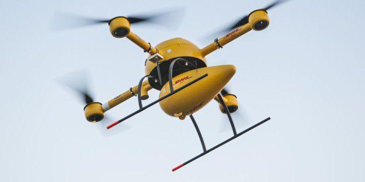 DHL Paketkopter 2.0: Post lässt Pakete per Drohne zustellen (c) DHL