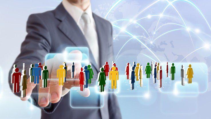Networking braucht Zeit, so Expertin Monika Scheddin: Man braucht sieben Kontakte oder Begegnungen und etwa zwei Jahre Beziehungsarbeit, bis Beziehungen belastbar sind.