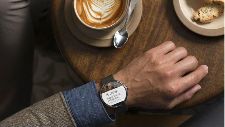 Aktuell funktionieren Smartwatches wie die Moto 360 nur mit einem Android-Gerät als Kompagnon.