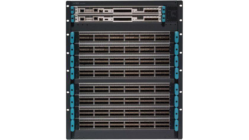 Mit dem QFX 100000 hat Juniper eine neue Serie an Spine-Switches vorgestellt.