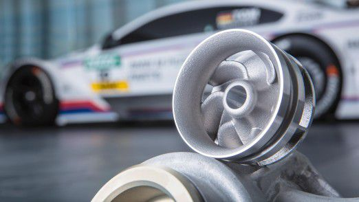 BMW feiert das 500. Wasserpumpenrad aus dem 3D-Drucker.