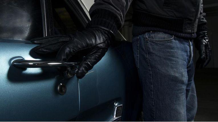 Autodiebstahl leicht gemacht dank Vernetzung? Das Thema IT-Security wird für die Autobranche immer bedeutender.