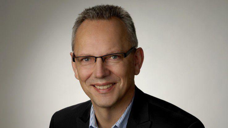 """Prof. Horst Tisson ist Gründungsmitglied des CeLS-Beirats. """"Certified by Professionals"""" oder kurz CeLS heißen neue Zertifikate, die IT-Experten für Experten entwickeln."""
