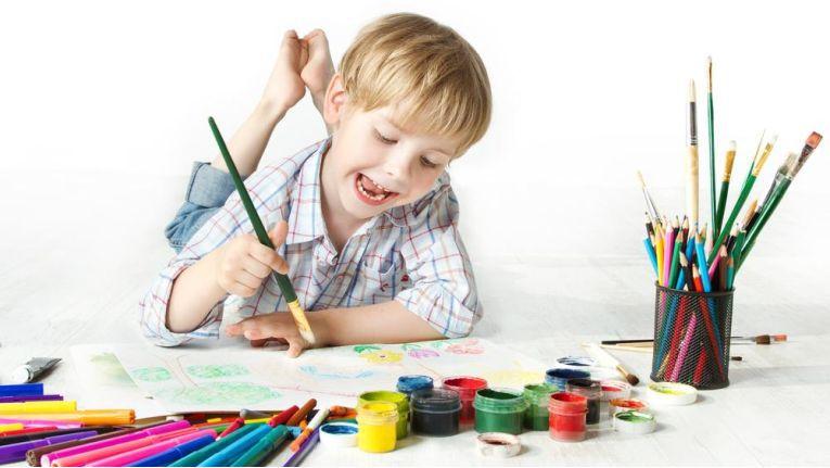 Grafik-Design ist kinderleicht? Im Video sehen Sie, welche Skills man braucht, um zu den Besten zu gehören.