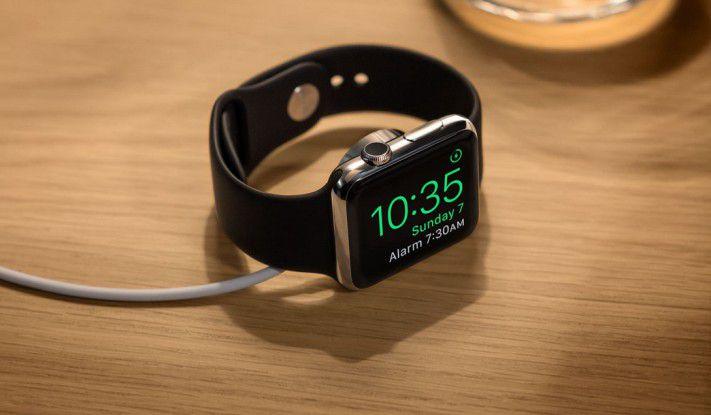 Die Apple Watch mit WatchOS 2 im Weckermodus