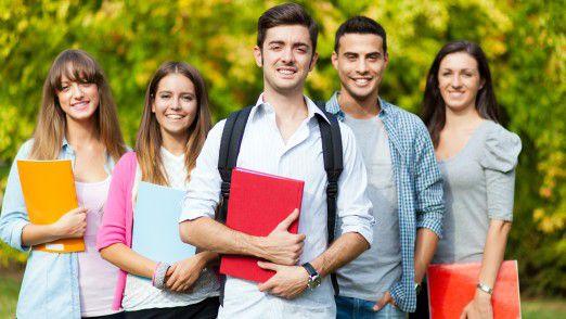 IT-Absolventen sind beim Berufseinstieg vor allem die Gehaltsfrage und die fachliche Weiterentwicklung wichtig.