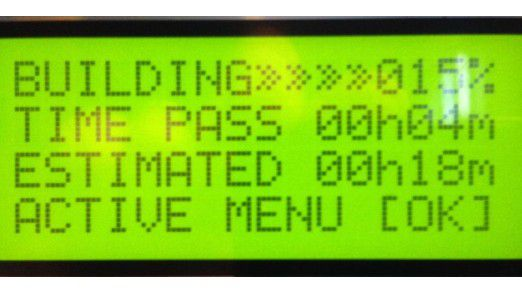 In den meisten Fällen ist die Display-Sprache Englisch - hier: XYZprinting Da Vinci 1.0
