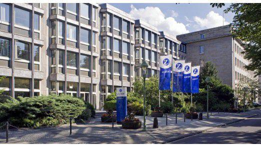 Zurich wird die Reporting-Lösung in 25 Konzerngesellschaften beziehungsweise in acht Landesgesellschaften nutzen. Deutschland und der hiesige Unternehmenssitz in Bonn gehören dazu.