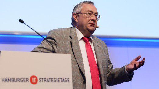 """Munich Re-CIO Rainer Janßen: """"Der Kern einer so lang anhaltenden Partnerschaft liegt darin, sich einerseits gemeinsam weiter zu entwickeln und andererseits auch kritische Situationen auf Grund des erarbeitenden Vertrauens positiv zu überstehen."""""""