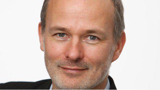Bei Volkswagen sind die Anwendungsentwickler darauf vorbereitet, künftig eine noch wichtigere Rolle im Konzern zu spielen. CIO-Chefredakteur Horst Ellermann (Foto) sprach darüber mit Ralf Brunken, Leiter der Anwendungsentwicklung.