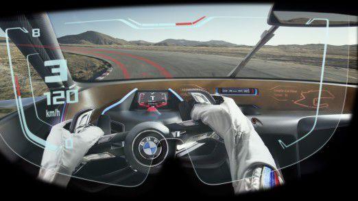 Blick aus dem Visier des eigens für den BMW 3.0 CSL Hommage R konzipierten Fahrerhelms.