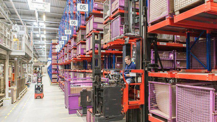 Zentrales Ersatzteillager der BMW Group in Dingolfing: Gutes Lieferketten-Management bescheinigt Gartner neben BMW auch BASF und Volkswagen.
