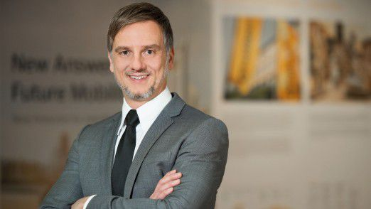 Thomas Buck steigt auf und übernimmt Eiglers Aufgaben als Continental Automotive CIO.