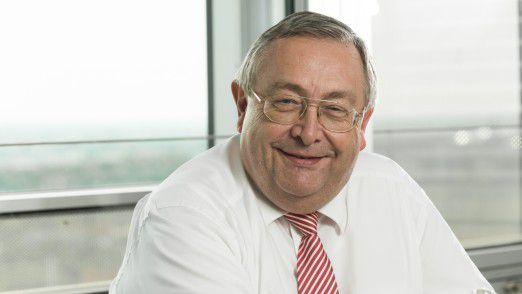 """CIO Rainer Janßen von der Munich Re gewann 2008 die Auszeichnung """"CIO des Jahres""""."""