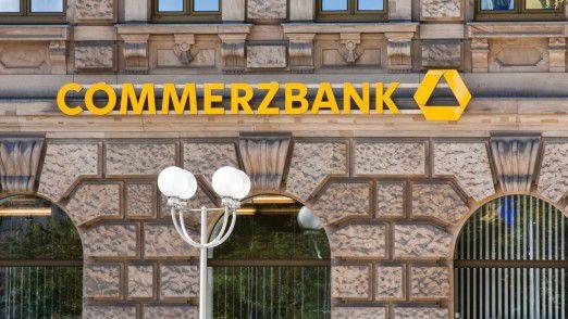 Gute Botschaft für Bankkunden: Die Commerzbank hält vorerst an ihrem Filialnetz fest.