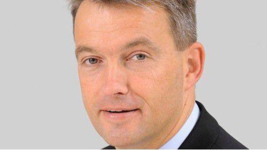 Michael Homburg steigt zum Geschäftsbereichsleiter IT/Organisation bei Edeka Nord auf.