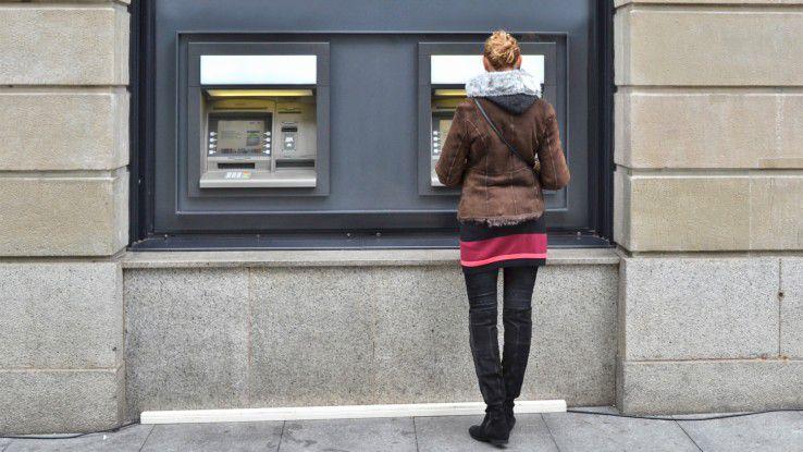 Embedded Systems - hier das Beispiel Bankautomat - sollen eigentlich dem besseren Kundenservice dienen.
