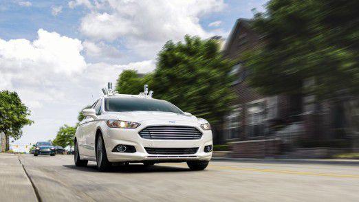 Ford Fusion Hybrid Autonomous Vehicle: Der Autobauer will vernetzte und saubere Mobilität anbieten.