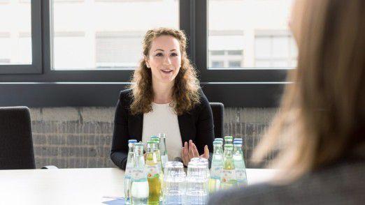 Die spätere Gewinnerin Angelica Timofte beeindruckte die Jury durch ihr globales Denken und Handeln, ihre strategische Weitsicht, ihre Fähigkeit zur Eigenmotivation und ihre hohe Professionalität.