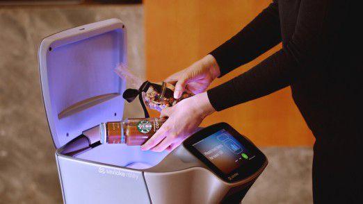 Der Roboter Relay (Firma Savioke) bringt Hotelgästen Essen oder Handtücher aufs Zimmer.