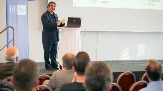 Prof. Niyazi Serdar Sariciftci spricht über organische Halbleiter.