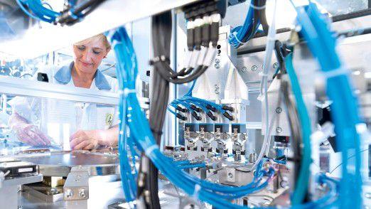 Automation der Zukunft: Die Technologiefabrik Scharnhausen ist das führende Werk von Festo für die Produktion von Ventilen, Ventilinseln und Elektronik.
