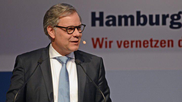 """Unaufgeregt erklärte Bernd Herrmann von der Würth-Gruppe, wie sich der """"Schraubenhändler"""" auf die Omnichannel-Zukunft einstellt."""