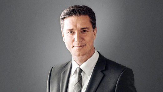 """Lutz Meschke - Vorstand, Porsche AG: """"Digitale Services müssen schnell profitabel werden. Das Margenziel von 15 Prozent ist für Porsche heilig."""""""