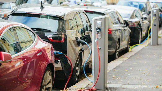 Ein Jahr nach seiner Einführung hat der staatlich subventionierte Kaufanreiz für Elektrofahrzeuge wie dem BMW i3 (Foto) noch nicht so recht gezündet.