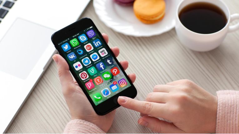 Alle Jahre wieder: Nach dem Erscheinen eines neuen iPhones wächst die Unzufriedenheit mit der Performance des alten Gerätes.