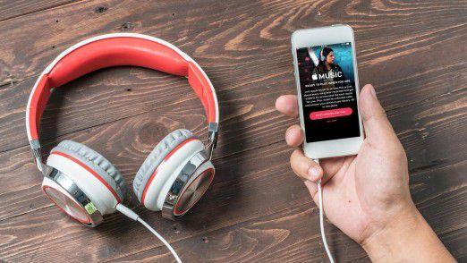 Apple Music: Musik-Streaming, bei dem Songs direkt aus dem Netz abgespielt werden, gilt als Vertriebsweg der Zukunft für Musik.