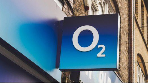 Die Verbraucherzentrale klagt gegen O2.