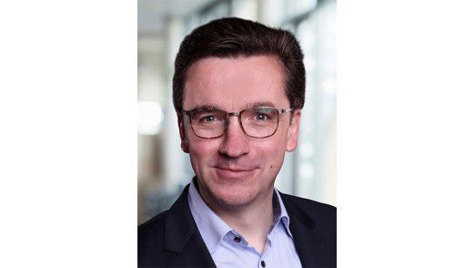"""Michael Tsifidaris, Chairman KPS: """"In drei von vier Fällen bauen wir eine neue Plattform neben der alten auf und organisieren den Übergang."""""""
