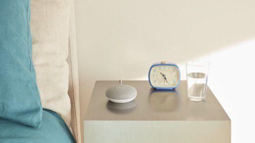Smarter Lautsprecher Google Home Mini.